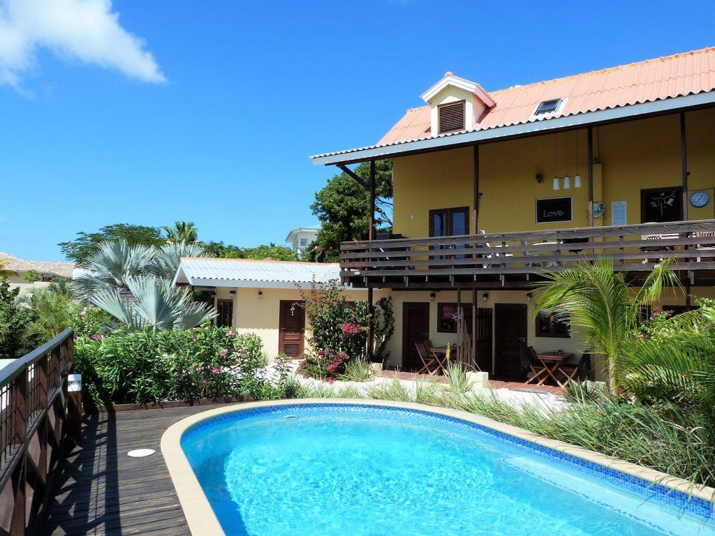 Kleinschalig resort Villa Topzicht Curaçao